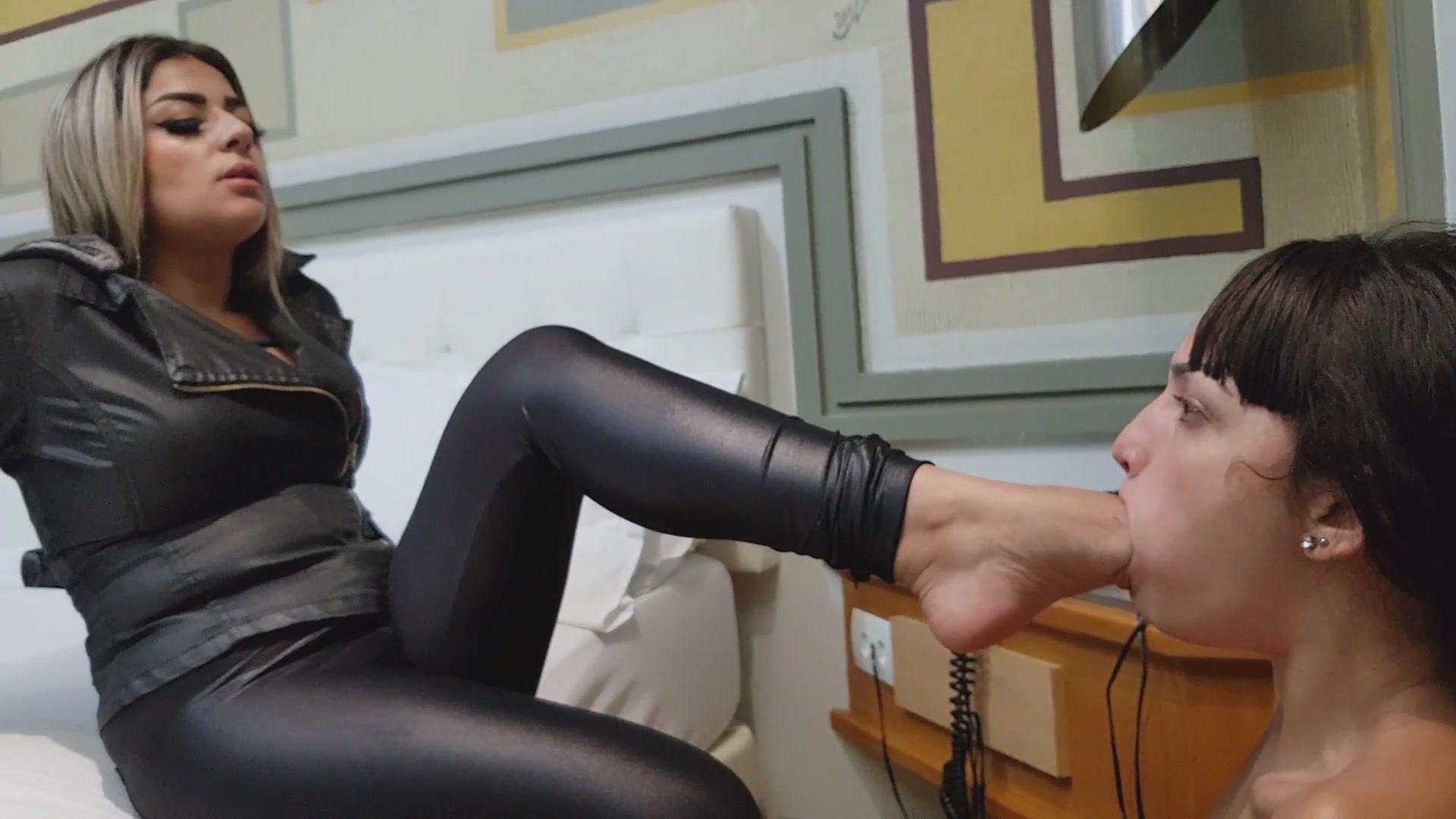 Tied Deep Feet Humiliation: Caroline Dumont