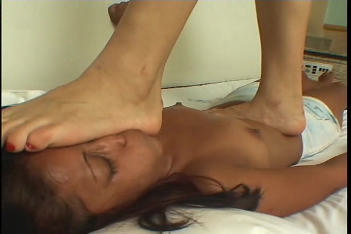 Tall Girl Trampling Submission Ugly Girl