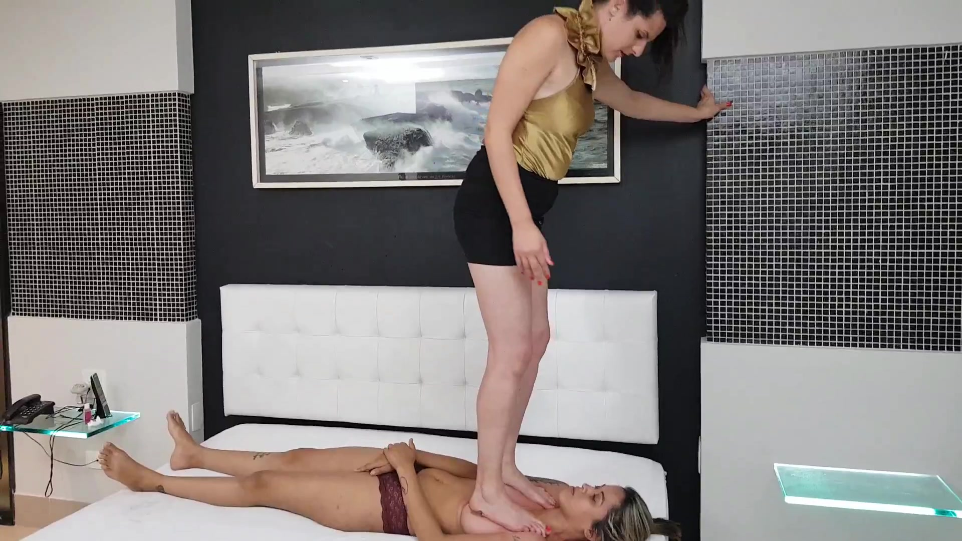 Mistress Lilian Gotti Rough Trample Domination