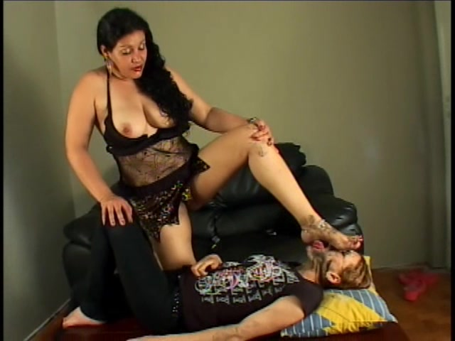 Mature Dirty Foot Domination To Vivi