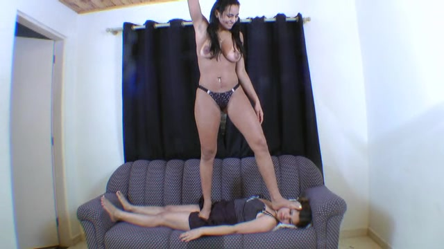Pervert Kyanna Andreatti Trampling and Pissing Her Face