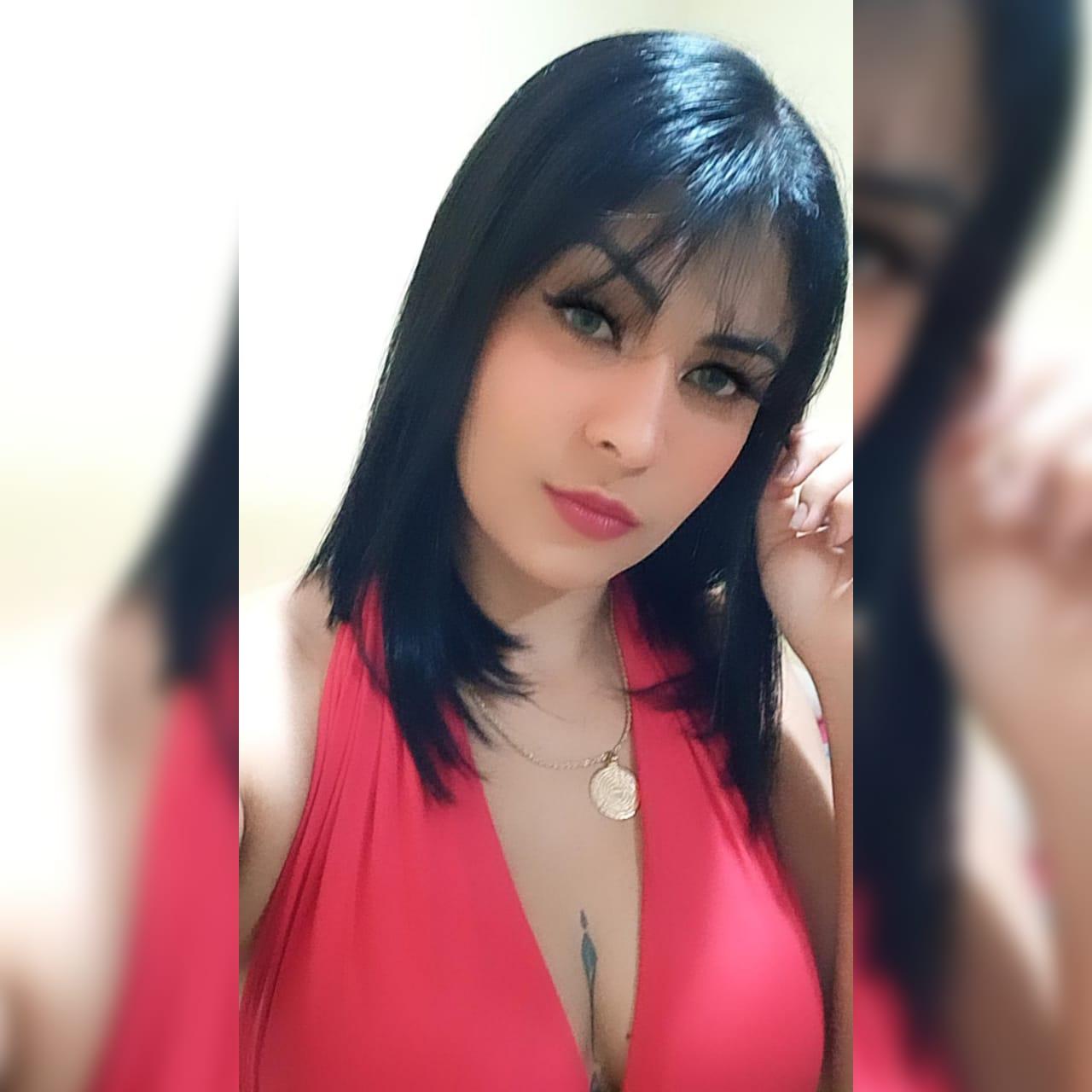 Nayla Santos